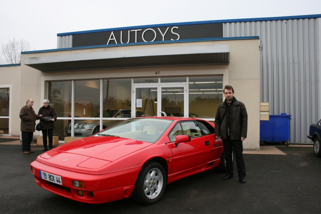 Illustration de Lotus Esprit Turbo SE