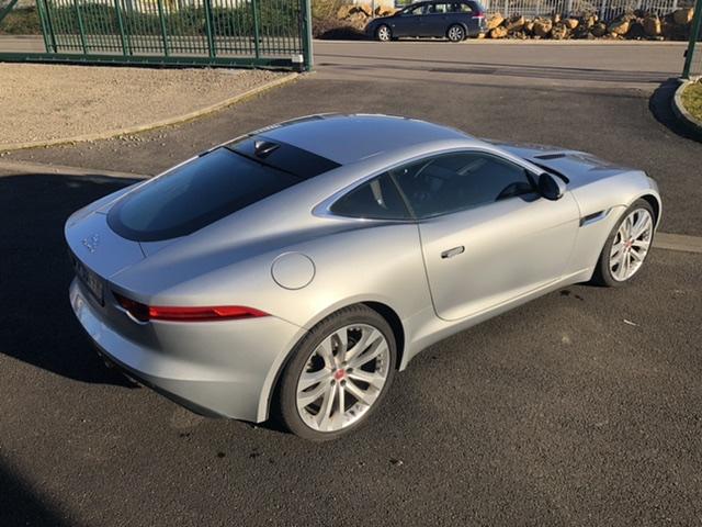 Illustration de Jaguar F Type